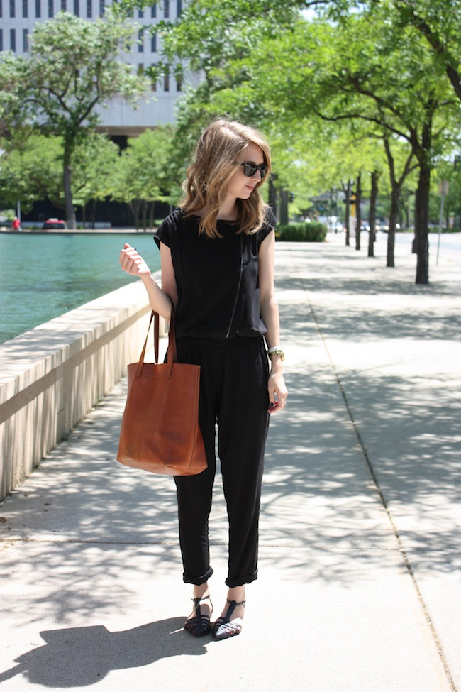 chelsea+lane+zipped+truelane+blog+minneapolis+fashion+style+blogger+kisa+boutique+black+silk+jumpsuit+madewell+transport+tote+justfab+leona4.jpg