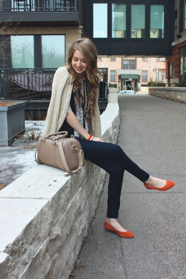 chelsea_lane_zipped_minneapolis_fashion_blog_blogger_anthropologie_gap_mia_abie_scalloped_flats_francescas_handbag5.jpg