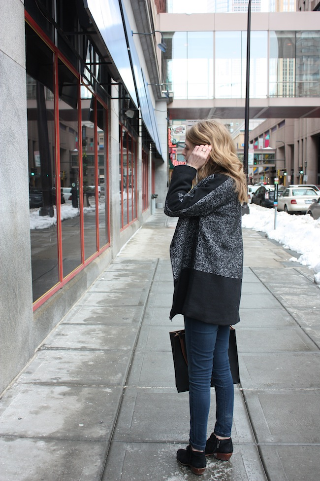 chelsea+lane+truelane+zipped+blog+minneapolis+fashion+style+blogger+aryn+K+los+angeles+justfab+sam+edelman+petty+haircut+chop1.jpg