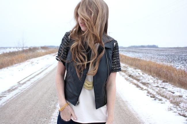 chelsea+lane+truelane+zipped+blog+minneapolis+fashion+style+blogger+lily+and+violet+cber+monday+jcrew+tweed+sleeve+tee+bb+dakota+virgo+leather+vest+sam+edelman3.JPG