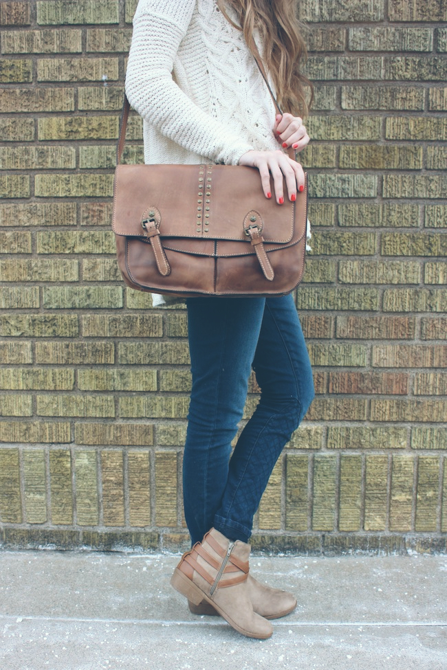 chelsea+lane+zipped+truelane+blog+minneapolis+fashion+style+blogger+free+people+cross+my+heart+sweater+floppy+hat+justfab+signature+skinny+carter+boots+patricia+nash+leather5.jpg