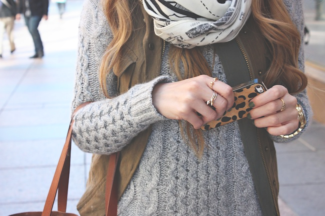 chelsea_lane_zipped_blog_minneapolis_fashion_blogger_madewell_cable_boatneck_transport_tote_chinese_laundry14.jpg