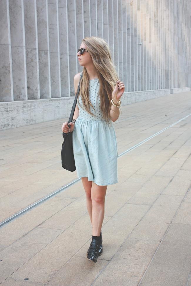 chelsea_lane_zipped_blog_minneapolis_fashion_blogger_madewell_denim_eyelet_dress_modern_vice_jett_boots_vince_camuto_handbag_warby_parker_thatcher_new_york_fashion_week_mbfw_lincoln_center4.jpg