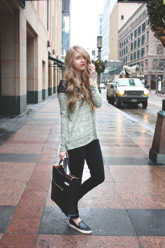 chelsea+lane+zipped+truelane+blog+minneapolis+fashion+style+blogger+lily+and+violet+bb+dakota+leather+sam+edelman+becker+croc+KS+saturday+inside+out+tote3.jpg