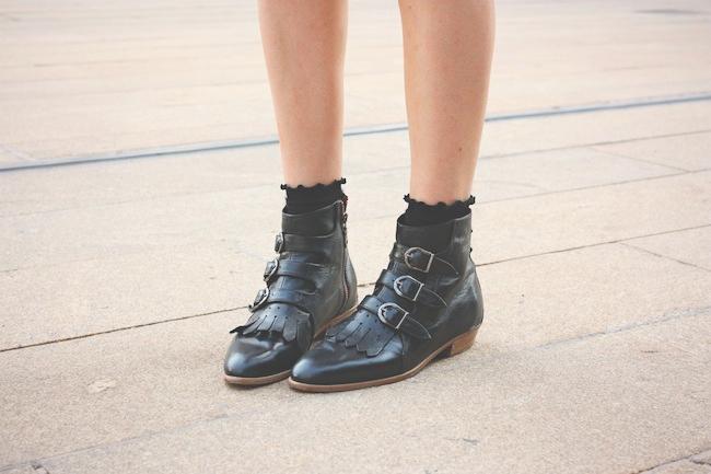 chelsea_lane_zipped_blog_minneapolis_fashion_blogger_madewell_denim_eyelet_dress_modern_vice_jett_boots_vince_camuto_handbag_warby_parker_thatcher_new_york_fashion_week_mbfw_lincoln_center6.jpg