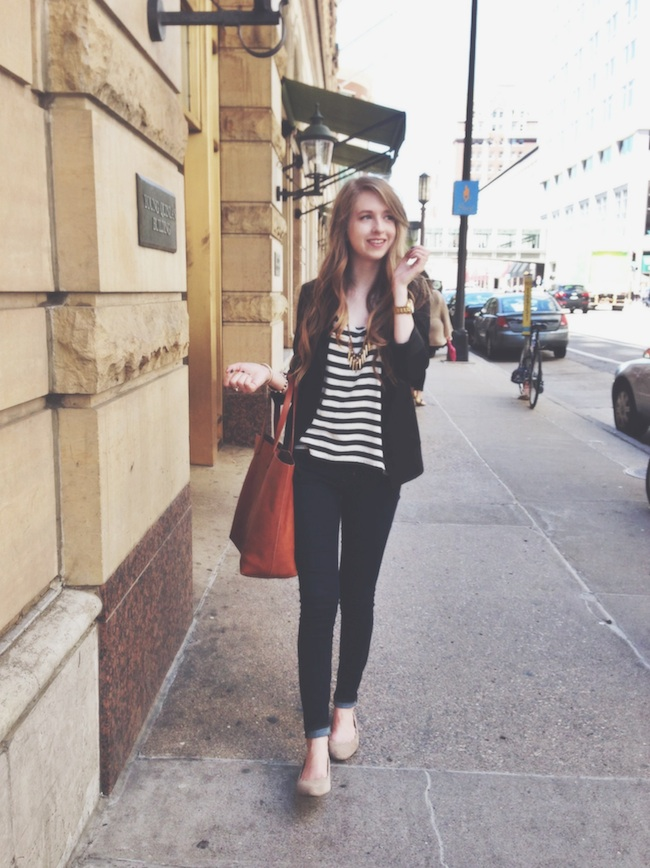 chelsea_lane_zipped_minneapolis_fashion_blogger_H&M_stripes_blazer_gap_denim_leggings_mia_abie_flats_madewell_transport4.jpg
