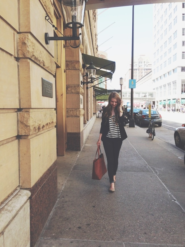 chelsea_lane_zipped_minneapolis_fashion_blogger_H&M_stripes_blazer_gap_denim_leggings_mia_abie_flats_madewell_transport.jpg