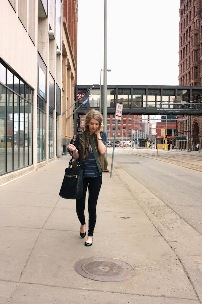chelsea_lane_minneapolis_fashion_blog_zipped_parc_boutique_jcrew_pixi_pants_cargo_vest_vince_camuto_braid_covergirl_flame_lipstick002.jpg