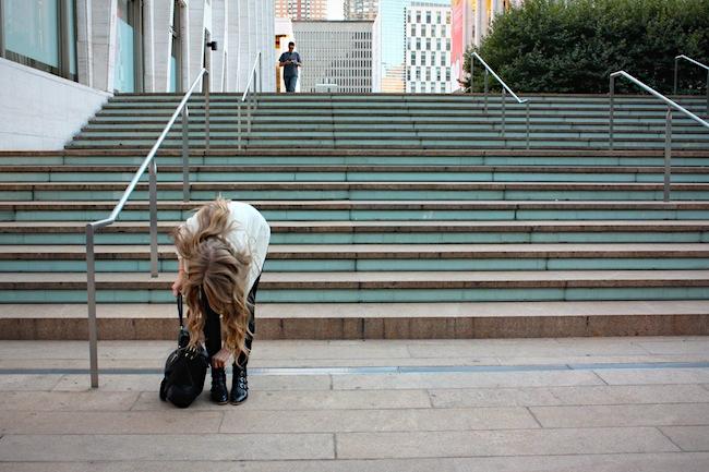 chelsea_lane_zipped_blog_minneapolis_fashion_blogger_modern_vice_jett_ankle_boots_vince_camuto_forever_21_jcrew_pixie_pants_madewell_cardigan4.jpg
