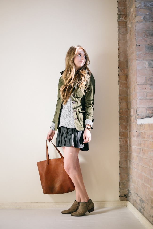 chelsea+lane+zipped+truelane+blog+minneapolis+fashion+style+blogger+madewell+transport+tote+weather+jacket+sam+edelman+petty+putty+pbj+boutique+blu+pepper+skirt6.jpg