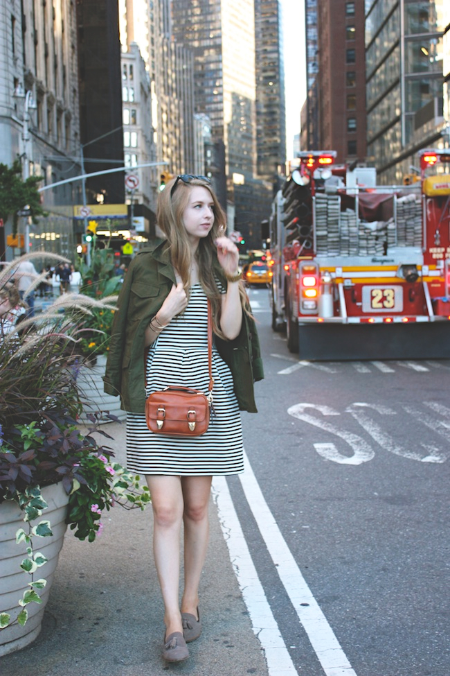 chelsea_lane_zipped_blog_minneapolis_fashion_blogger_new_york_city_madewell_francescas_dv_dolce_vita_loafers1.jpg