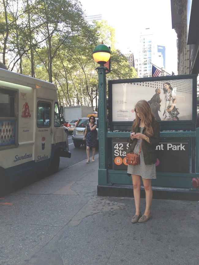 chelsea_lane_zipped_blog_minneapolis_fashion_blogger_new_york_city_madewell_francescas_dv_dolce_vita_loafers8.jpg