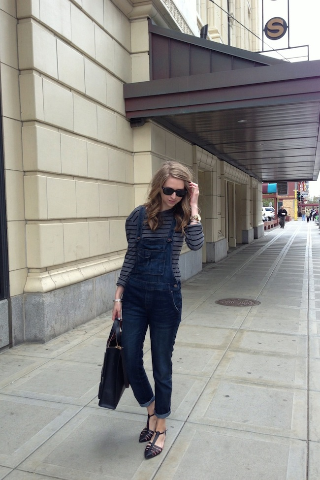 chelsea+lane+zipped+truelane+blog+minneapolis+fashion+style+blogger+free+people+overalls+stripes+justfab+leona+sandals1.jpg
