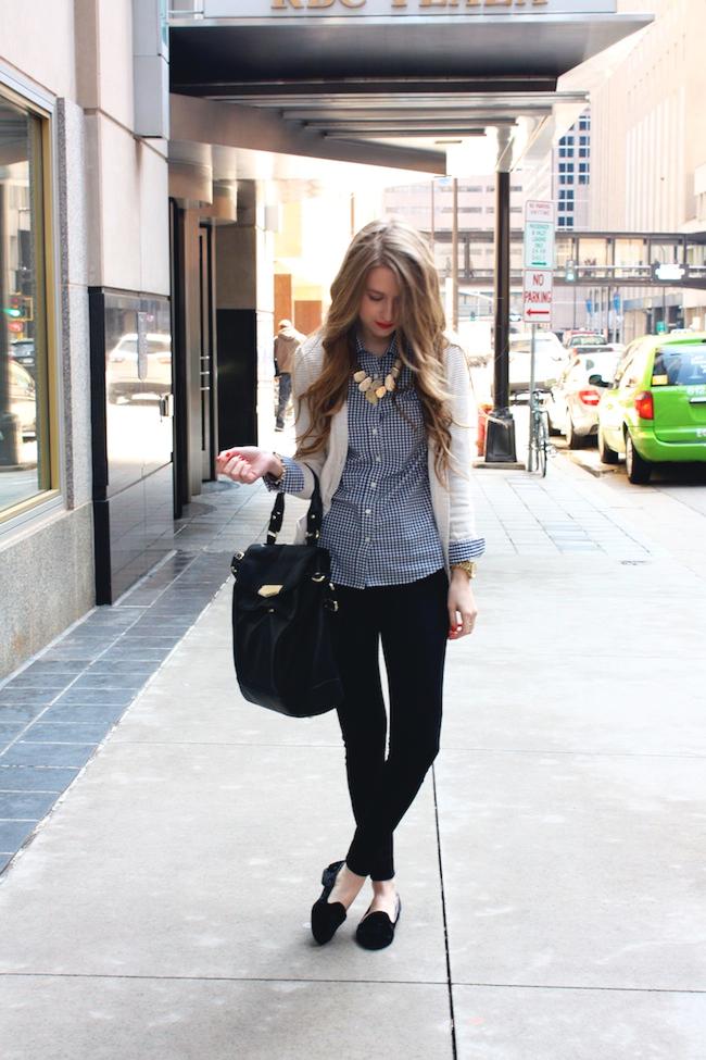 chelsea_lane_zipped_blog_minneapolis_gingham_jcrew_vince_camuto_velvet_loafers1.jpg