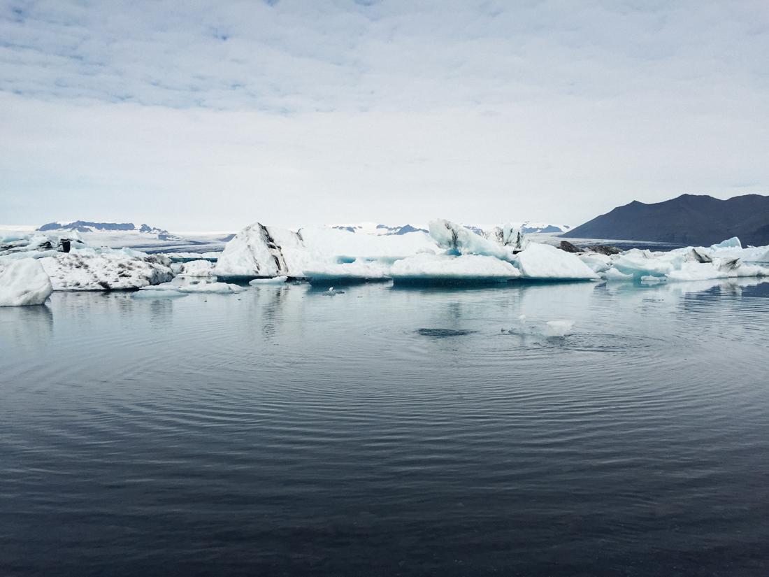 Glacier Lagoon ripples, Iceland.png