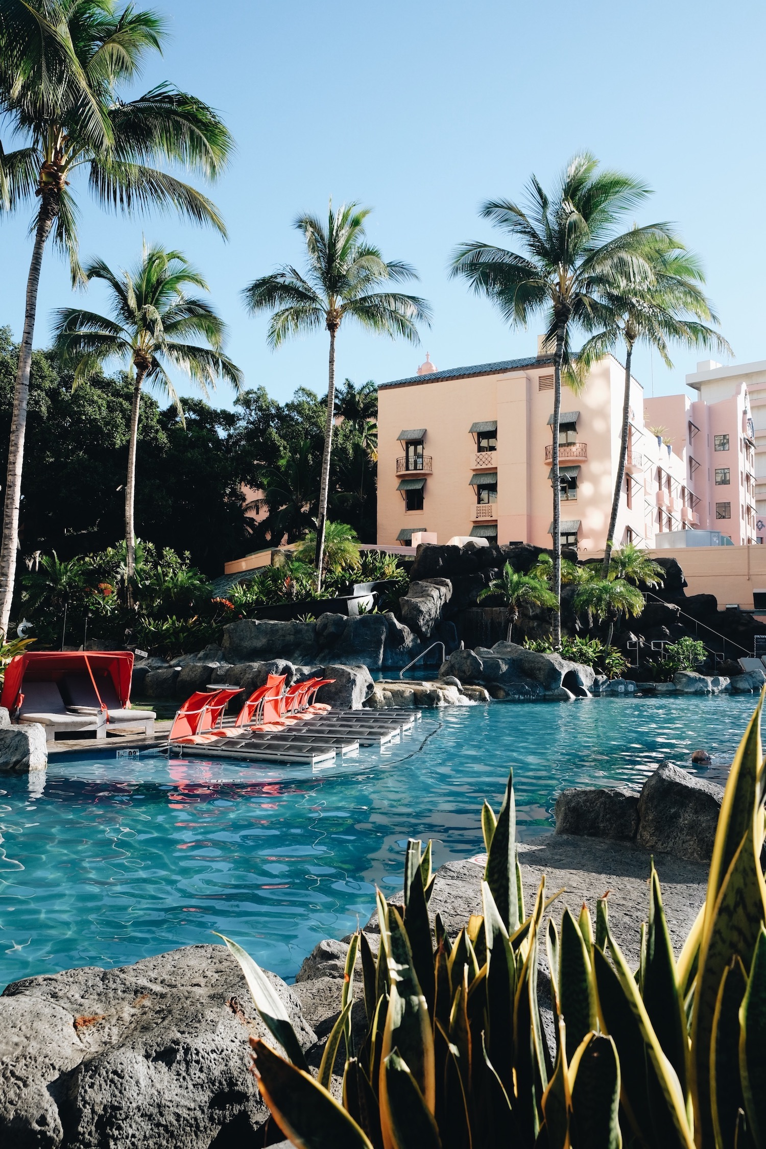Home Sweet Hotel: The Royal Hawaiian | truelane