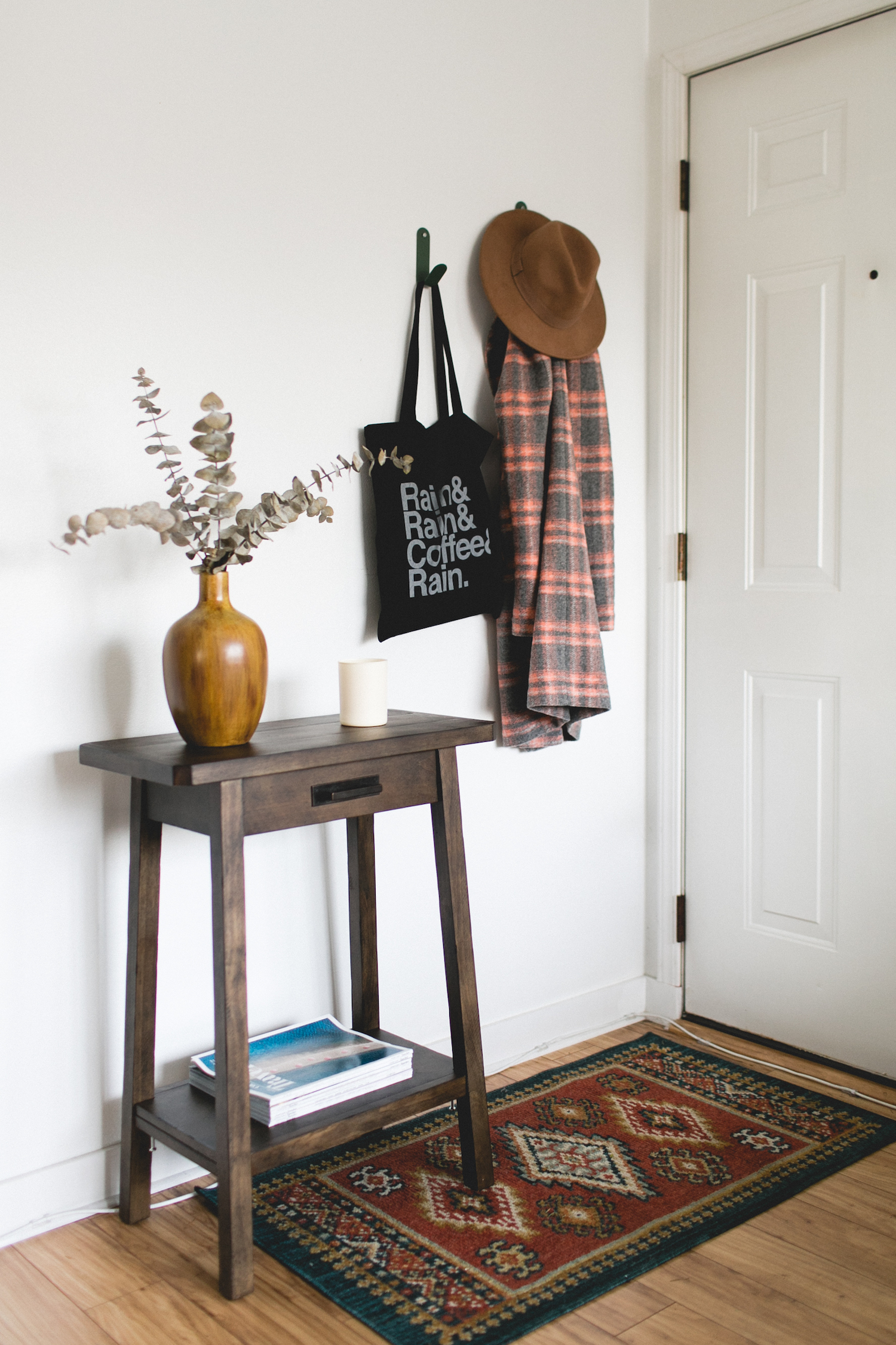 Decorating a Small Space | truelane