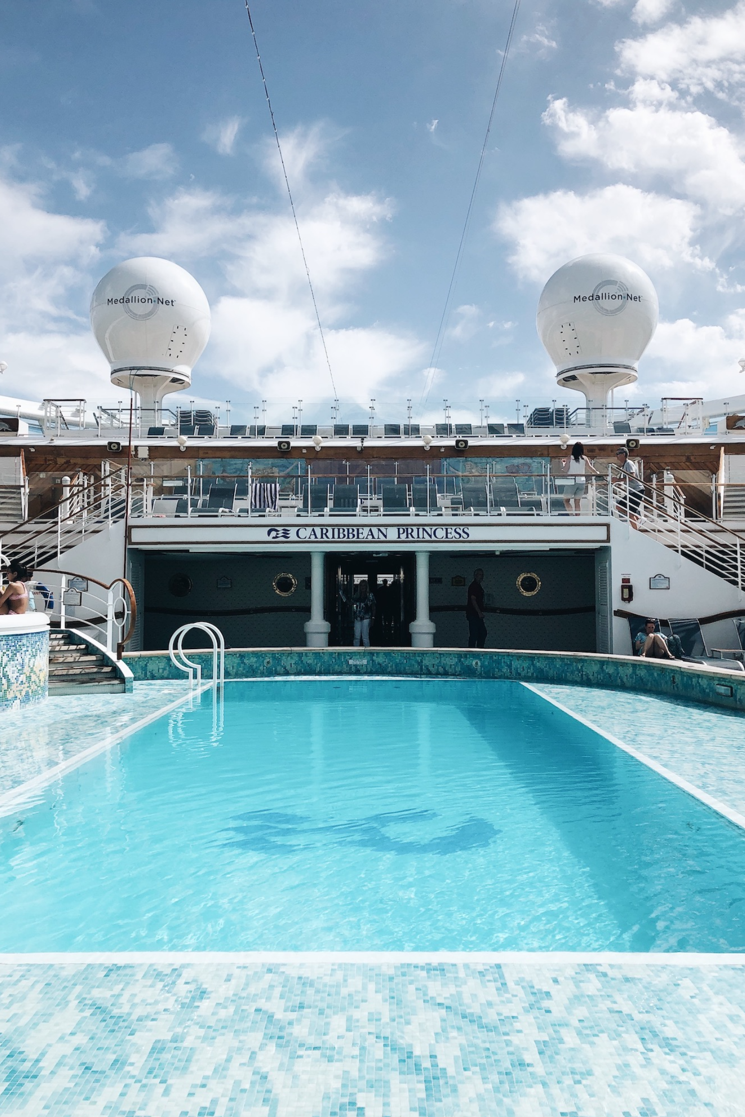 Princess Cruises, OceanMedallion, Caribbean cruise, travel, travel blog, style blogger, summer vacation, travel tips, cruising, pool, lido deck, ship tour, Caribbean Princess