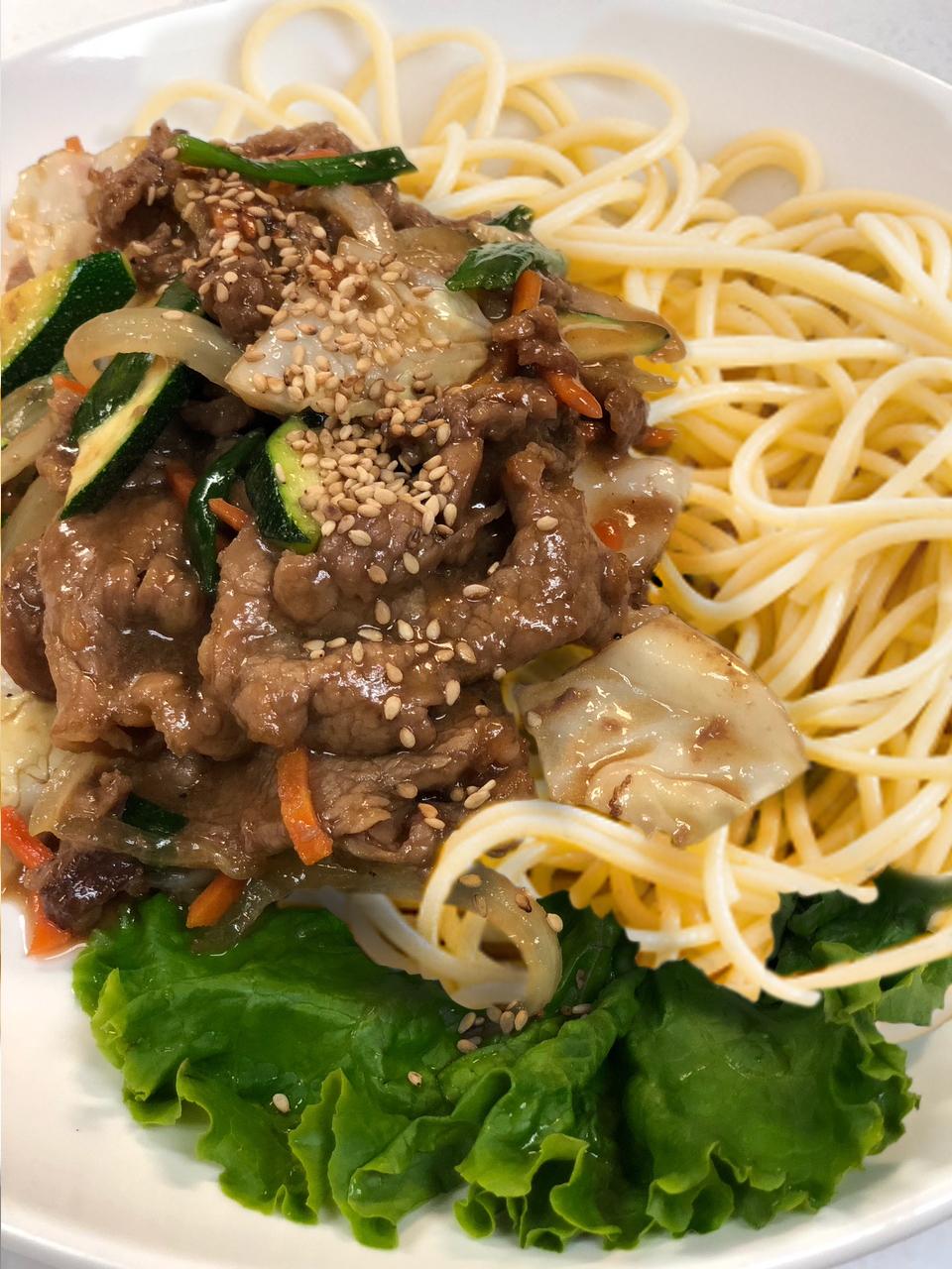 Bulgogi-Pasta pic-gathering on the plaza 9-16-18.jpg
