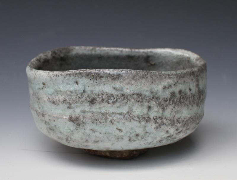 Shino glaze chawan, hiki-dashi