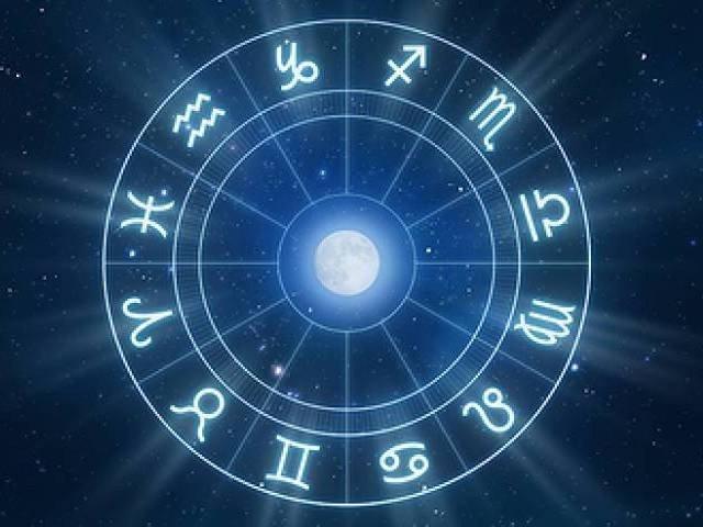 1563688-horoscope-1511237127.jpg