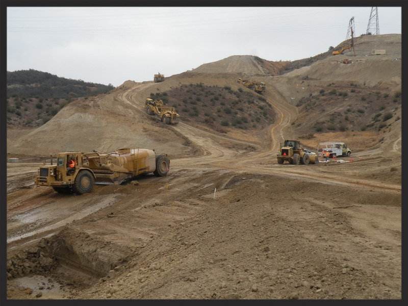 cattrac_construction_burbank_landfill_equipment_working.jpg
