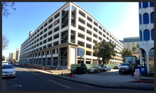 LAX Radisson Parking Garage