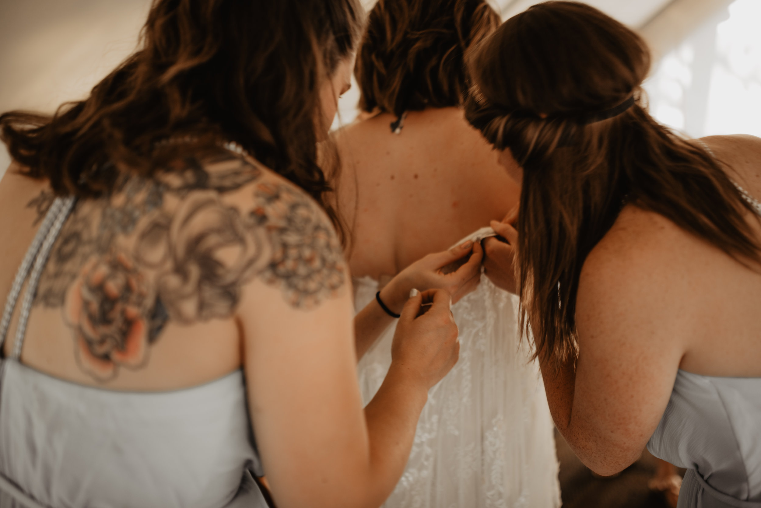 CT Wedding_Getting Ready-16.jpg