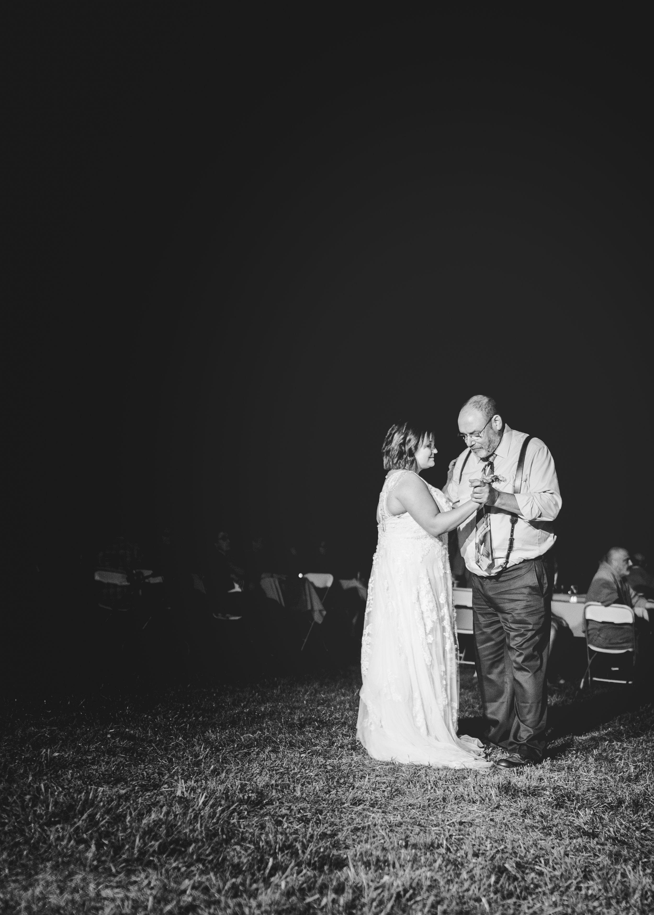 CT Wedding_dancing-8.jpg