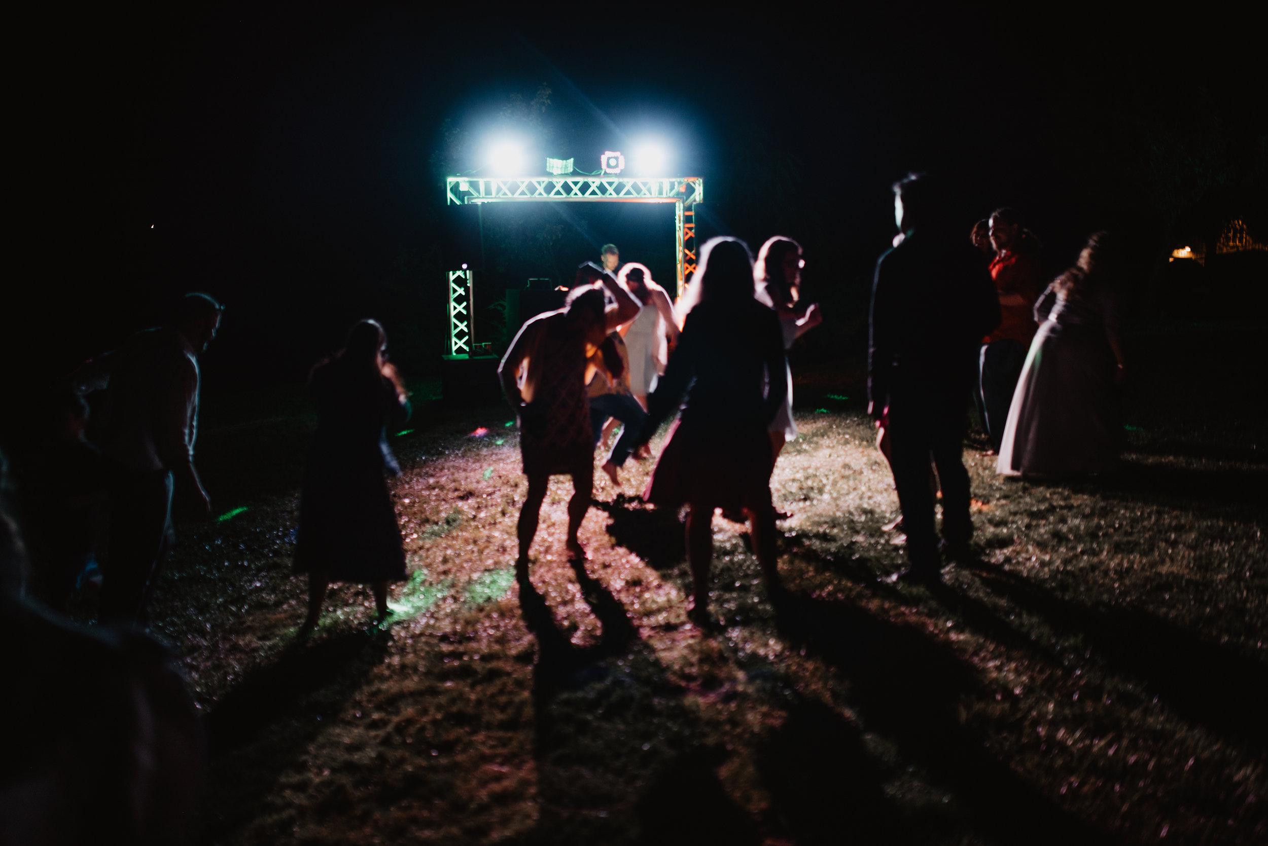 CT Wedding_dancing-28.jpg