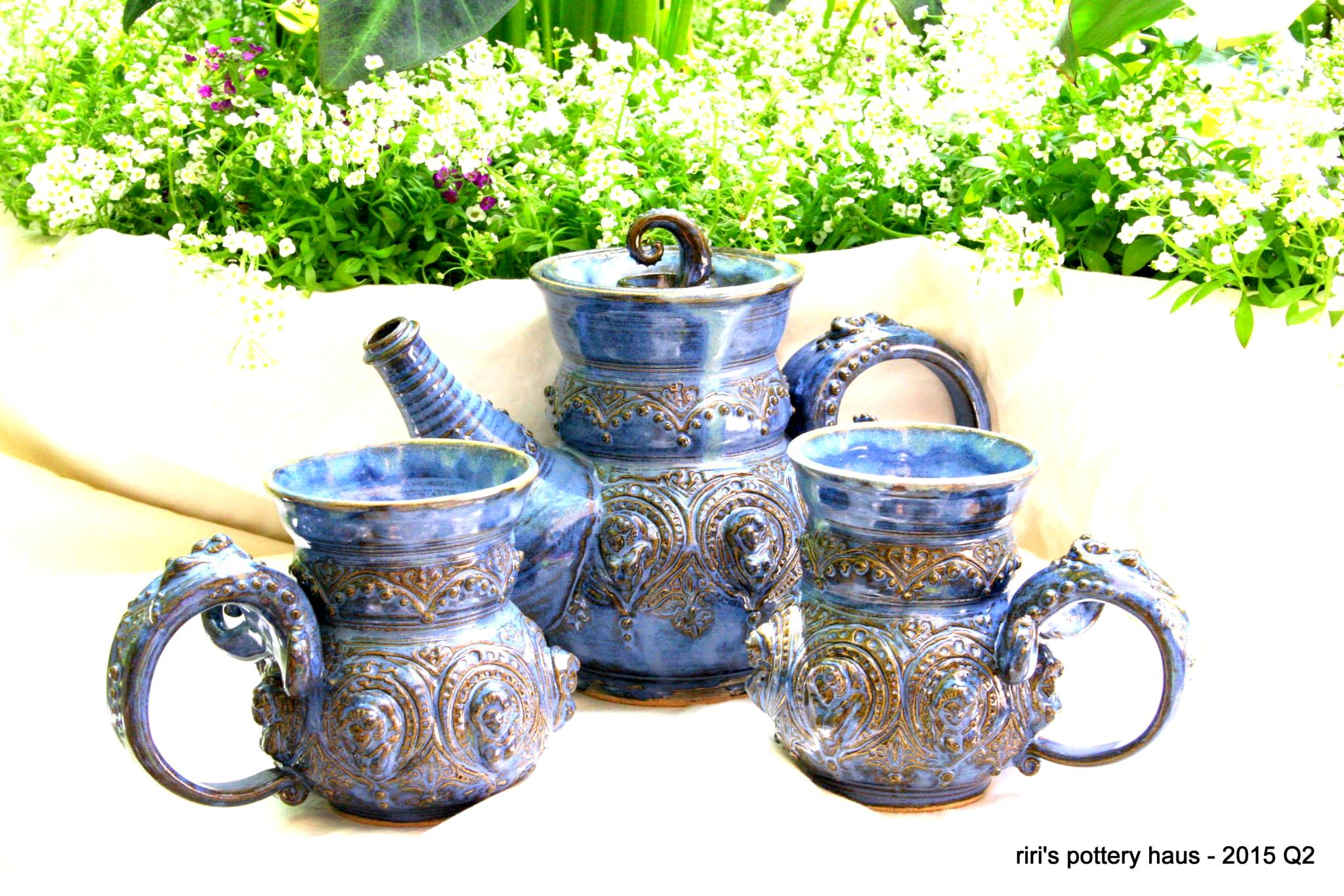 riri's pottery haus