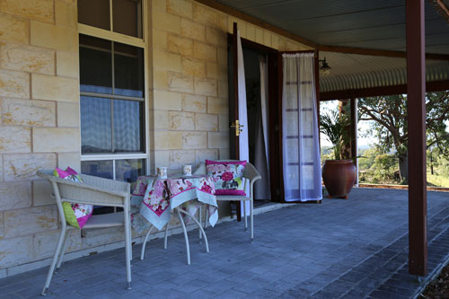BellbirdHill is a family run boutique bed and breakfast located near Wingham, NSW