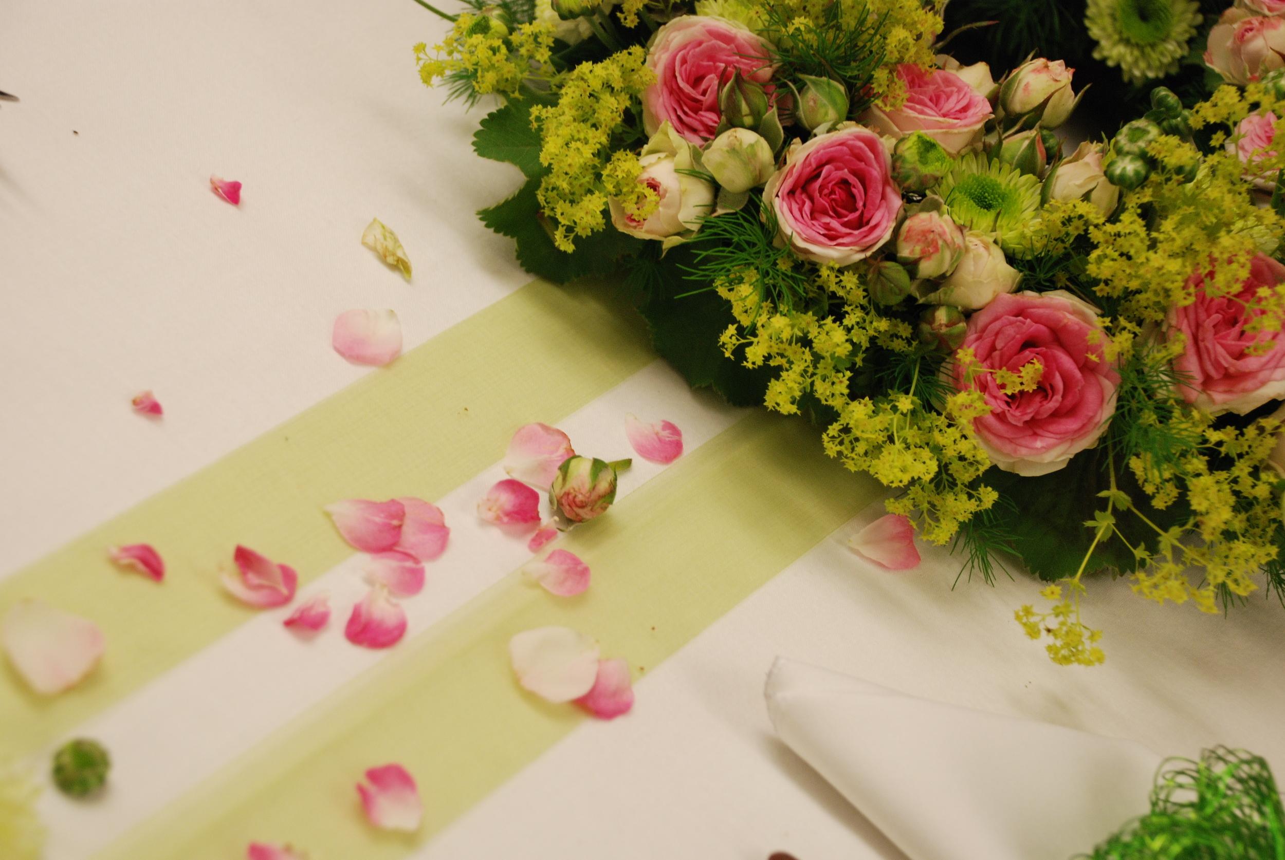 Tischdekoration für eine Hochzeit