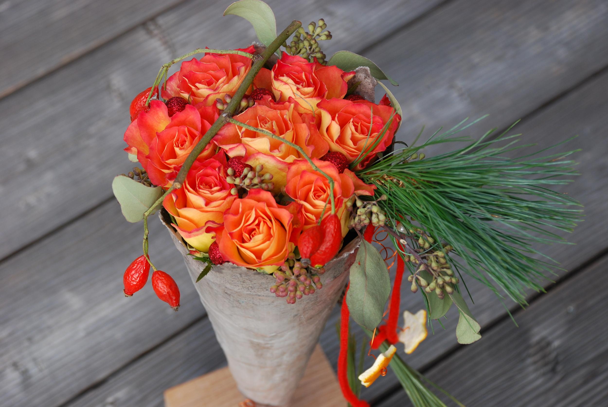Rosen in Wachstüte