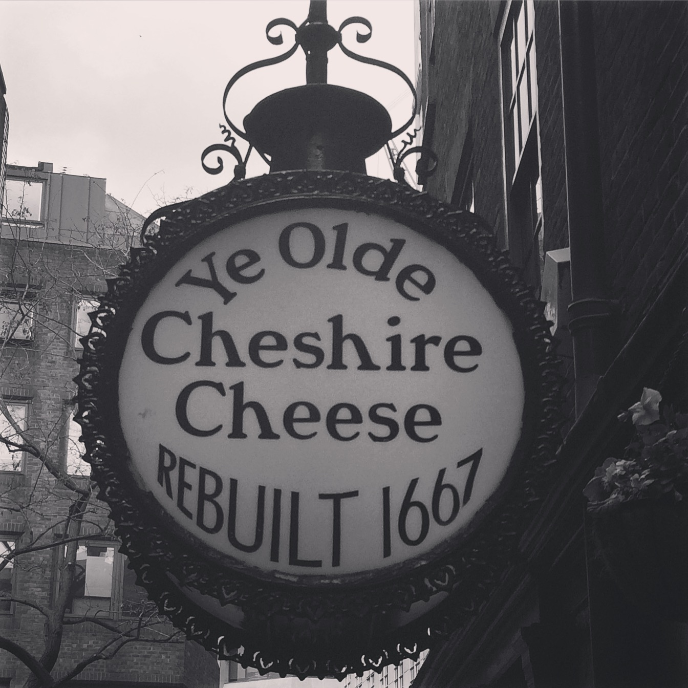 Ye Olde Cheshire Cheese.JPG