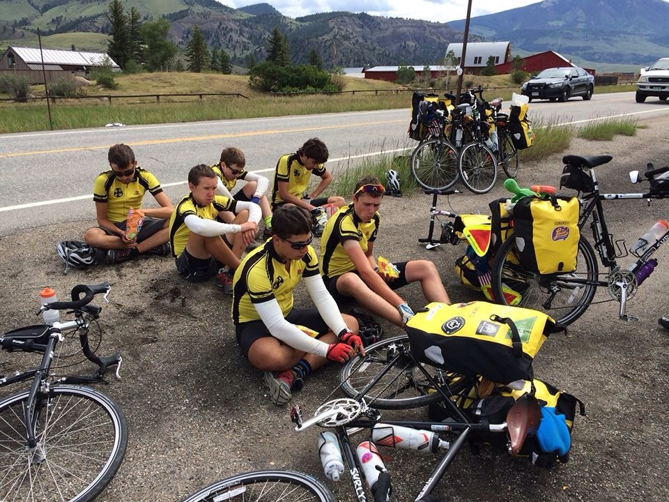 The crew enjoys a roadside en route to Breckenridge. This scene occurs hourly.