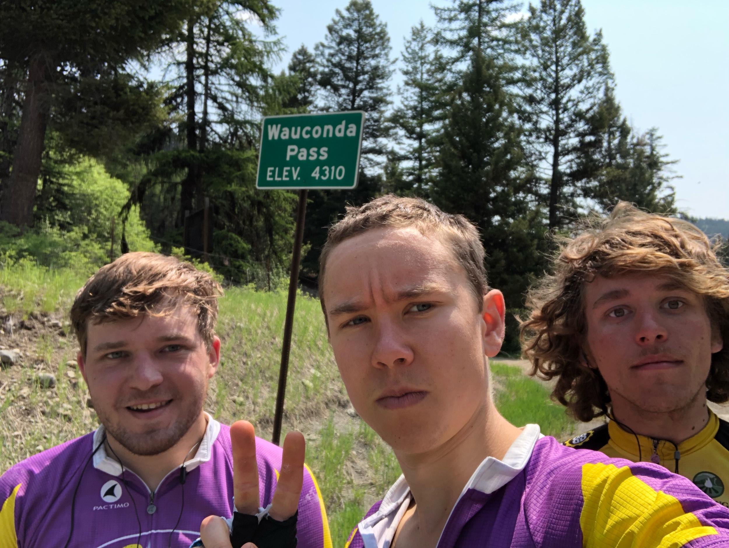 Top of Wauconda Pass