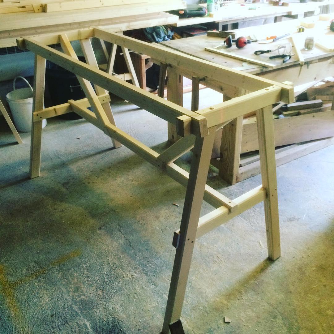 Table haute B1 (1).jpg