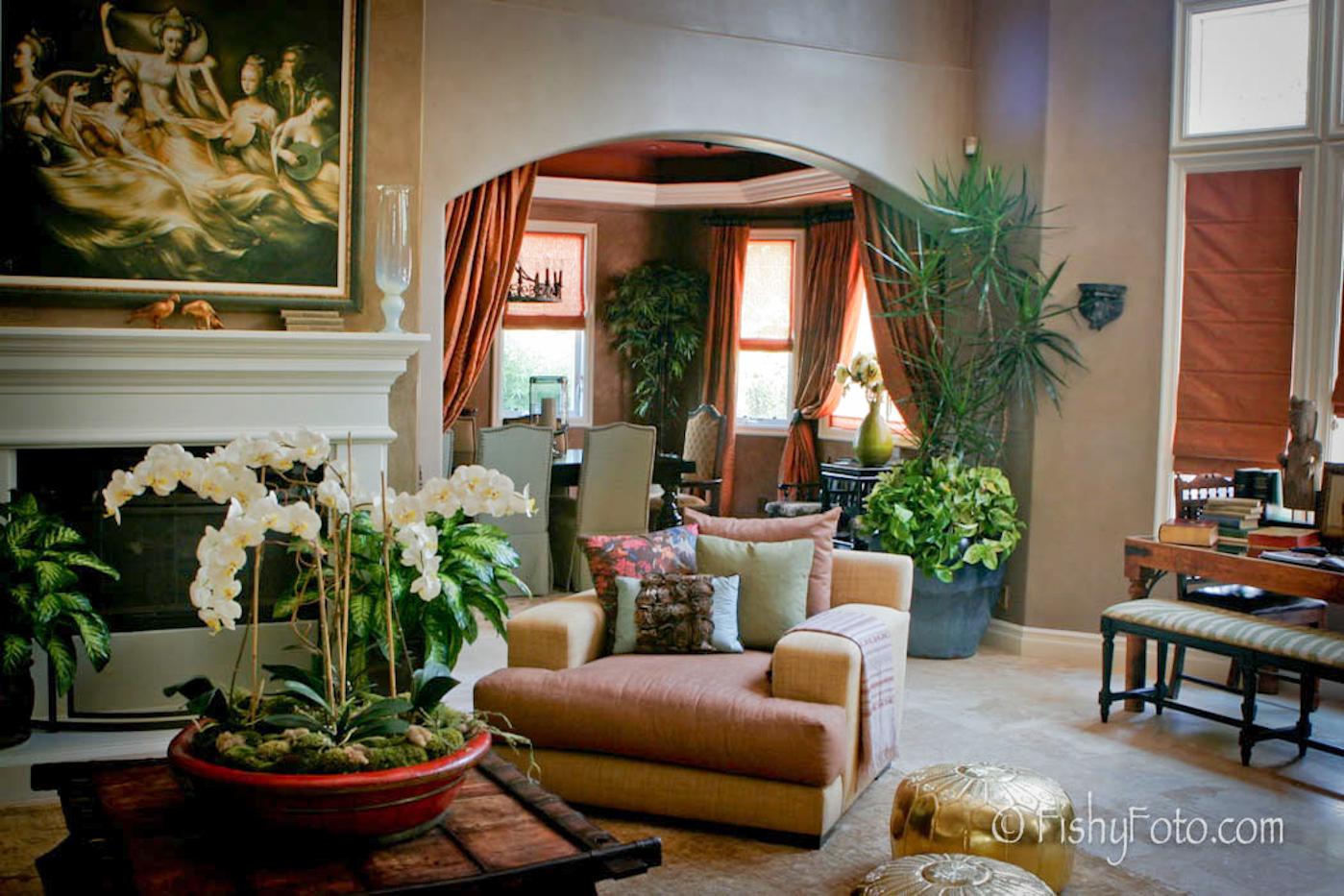 Jaime Pressly's indian inspired living room.  #FishyFoto