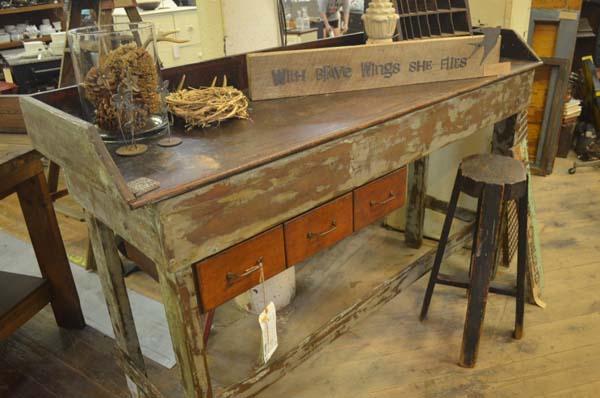 Sept-2016-vintage-antiques-sale-Kansas-city4.jpg