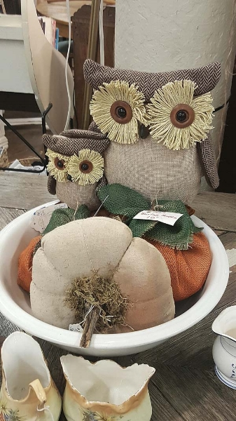 Fall Decorating With Owls