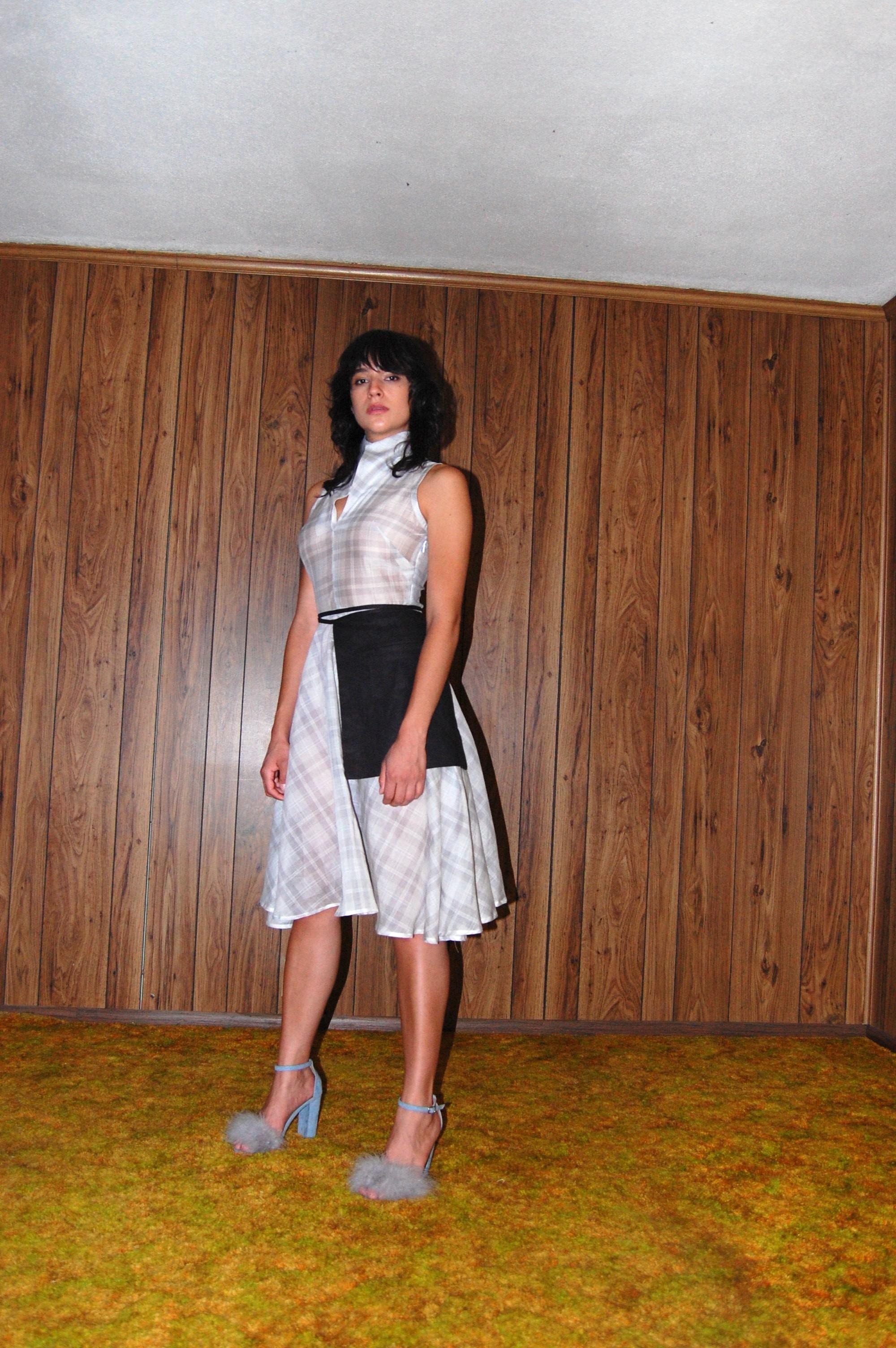 plaid full skirt, pocket belt.JPG