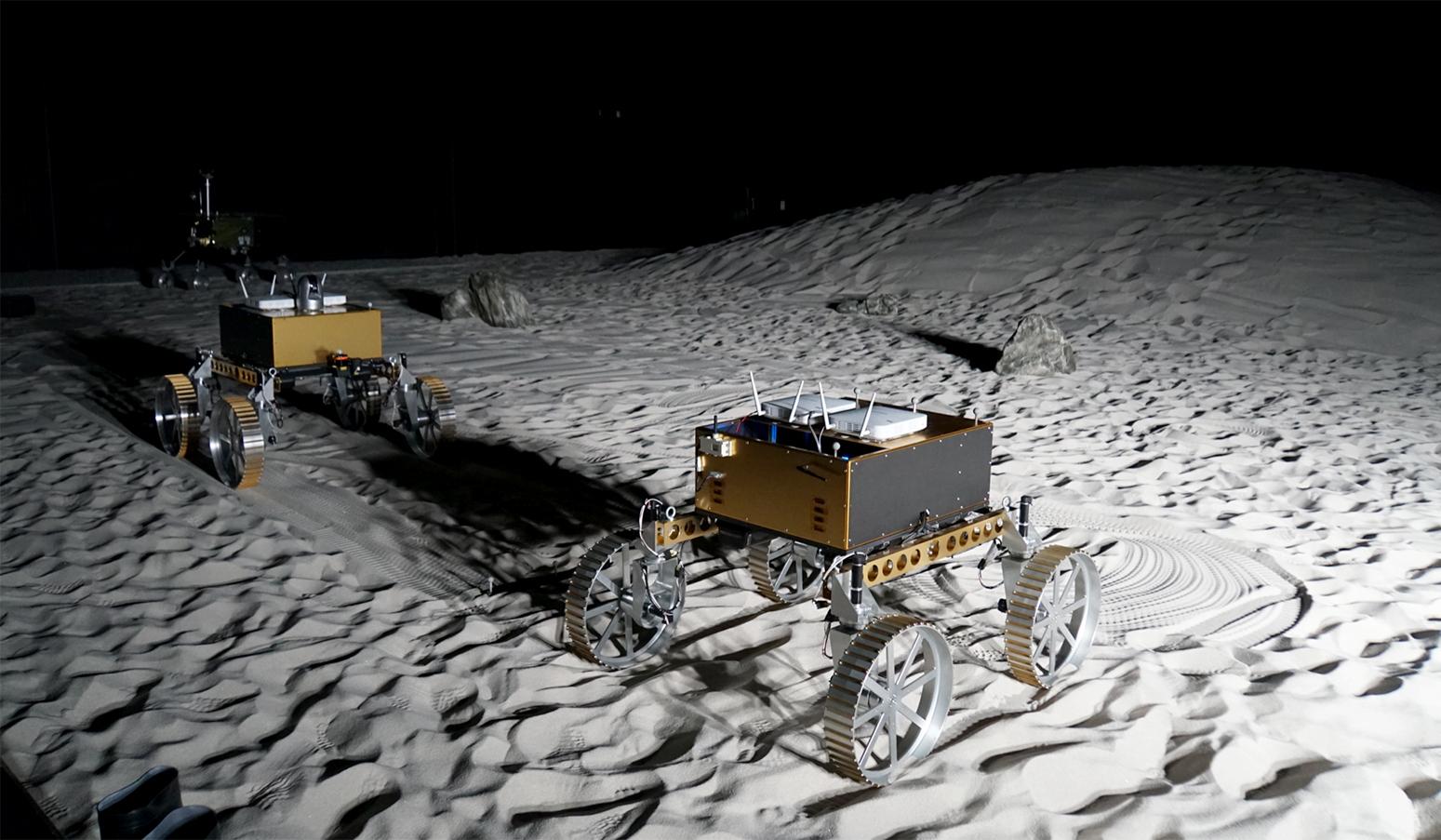 lunar_rovers_jaxa.jpg