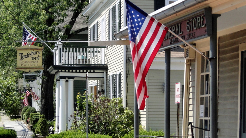 Tewksbury Inn (Photo Credit  NJ Real Estate Finder )