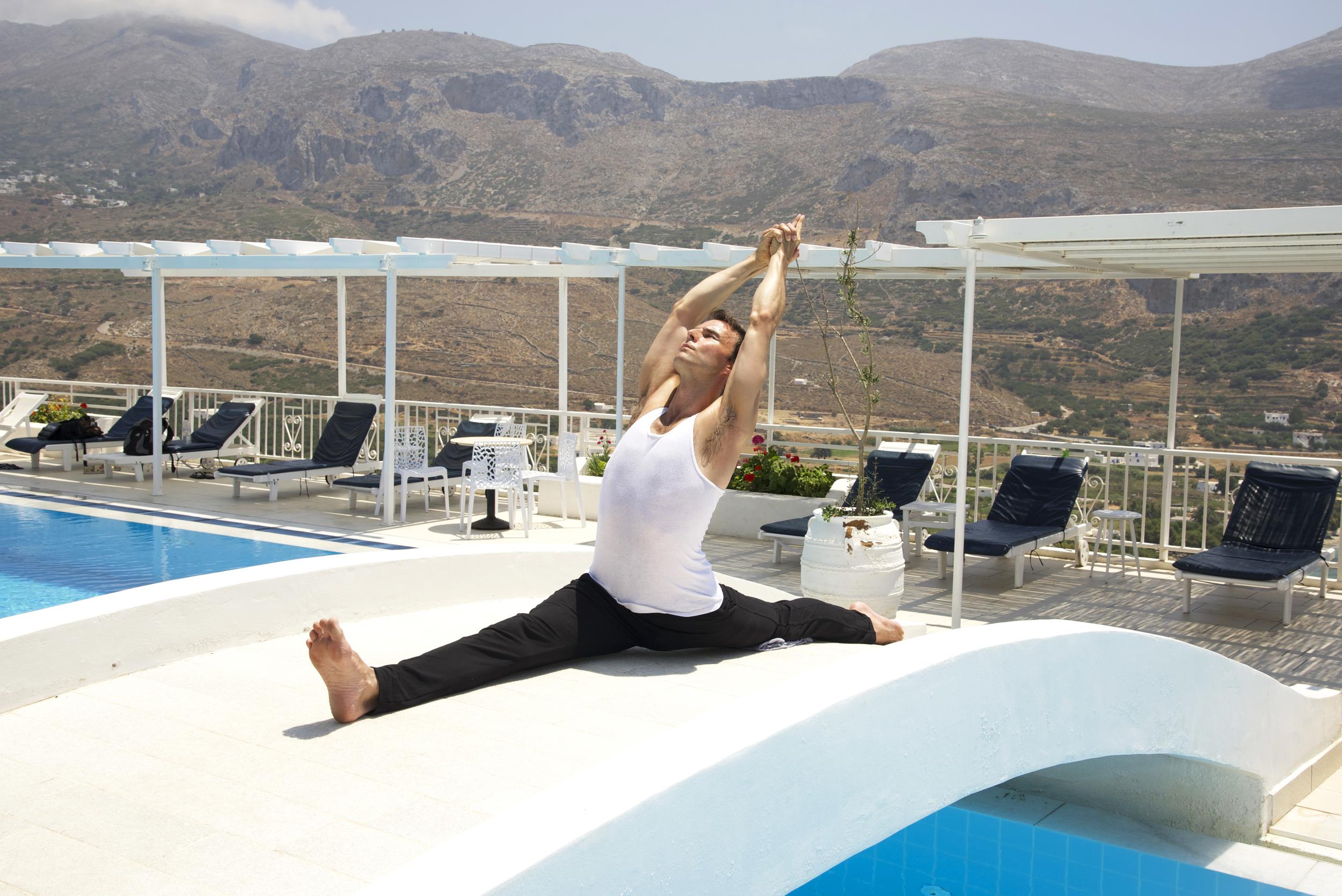 Garth - Greece - Hanumanasana - Pool.jpg