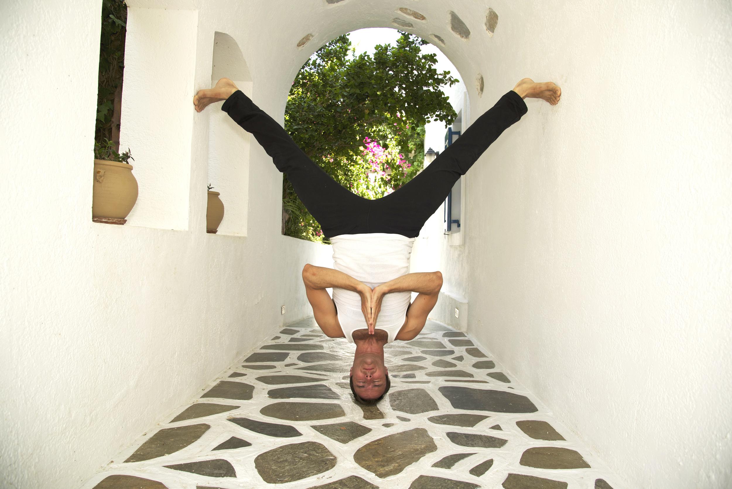 Garth - No Limbed Head Balance - Prayer - Greece.jpg