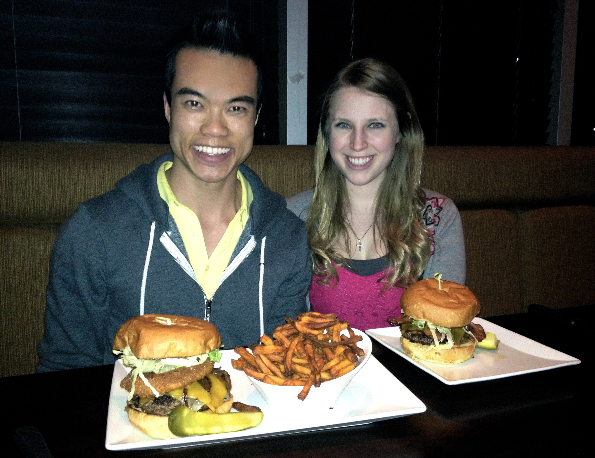 My friend Madeline and I enjoyed our thrilling adventure to burger heaven at Loungeburger, during YYC Burger Week!