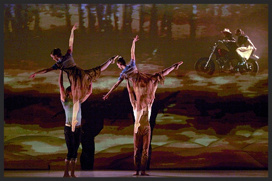 Ensemble members performing Jean Grand-Maitre's stunning choreography (Photo courtesy of Paul McGrath).