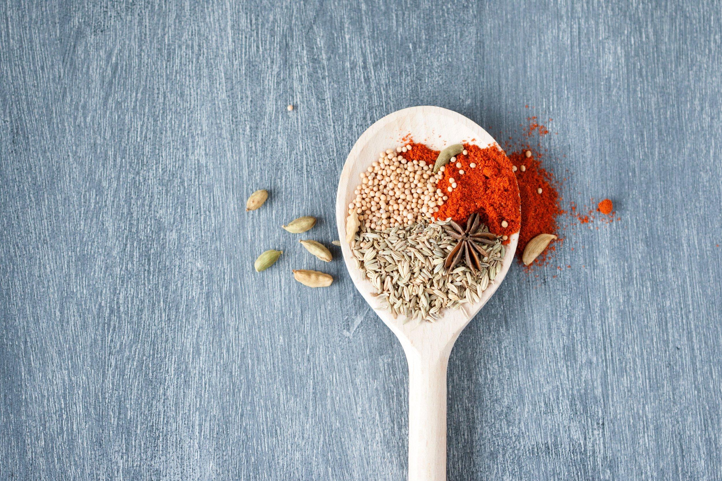 dry-flavors-herbs-1590141.jpg