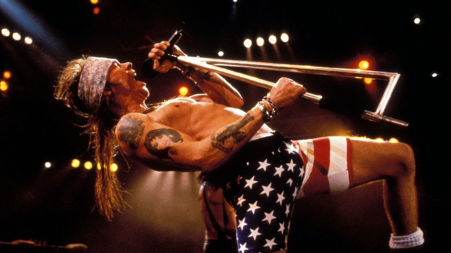 Or Axl in flag spandex.